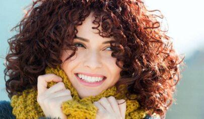 مراقبت از موی فر | جلوگیری و درمان وز شدن مو